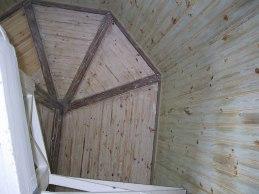 Färdigskrapat trapphus (lodrät bild)