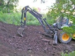 Första grävomgången (juli 2004).