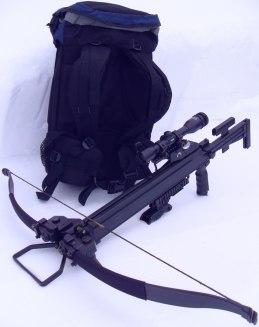 Armborstet Ultimate-Survival kan smidigt rymmas i en medelstor ryggsäck
