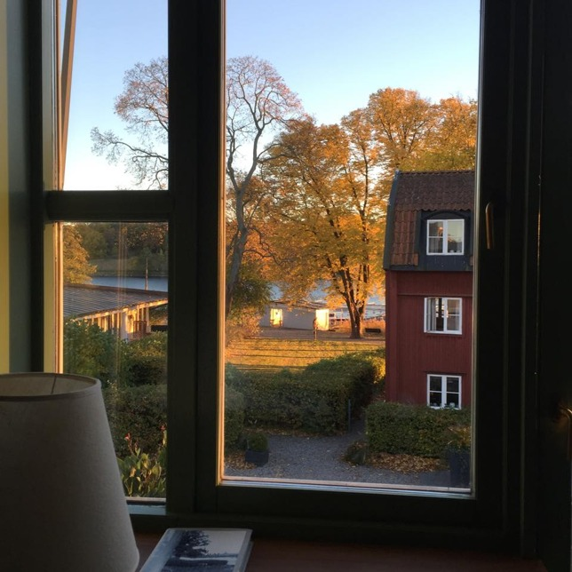 Utsikten från hotellrummet, mot Djurgårdskanalen