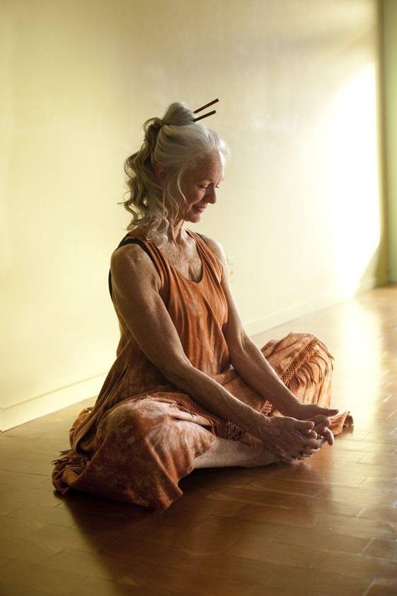 Den här bilden är lånad från Pinterest, men det är mitt mål att åldras med sån grace som den här kvinnan gjort.