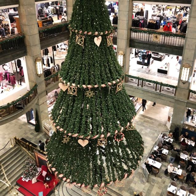 NKs vackra julgran