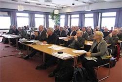 Ett 70 tal intresserade åhörare i stora salen på hotell Högland