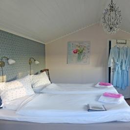 Lantligt bed and breakfast och boende, B&B  mitt i Halland mellan Varberg, Falkenberg och Ullared