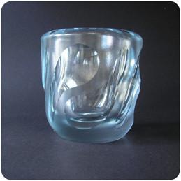 Vicke Lindstrand Orrefors vase........ 500 SEK