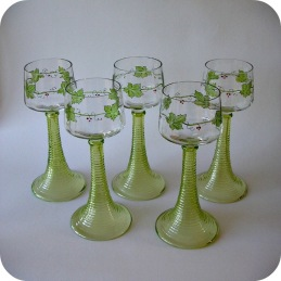 White wine Jugend glass Theresienthal  ..... 1 200 SEK for 5