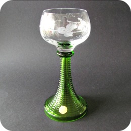 Six white wine glasses Theresienthal .................1 200 SEK