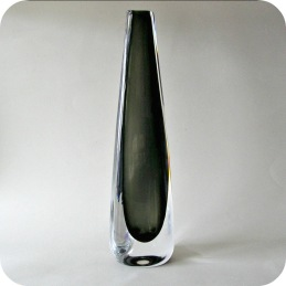 Nils Landberg Sommerso vase ............................ 850 SEK