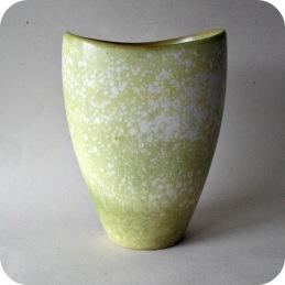 Gunnar Nylund Rorstrand Rörstrand vase .......... 1 500 SEK
