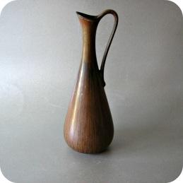 Gunnar Nylund, brown vase ARL ....................... 950 SEK