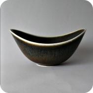 K2962 :ARO bowl brown with white rim .......... 1 900 SEK