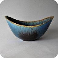 K3027: ARO bowl blue speckled ...................... 1 900 SEK
