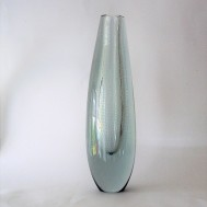 Vase with controled bubbles