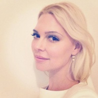 Jenny Hutton, 2014, blonde actress