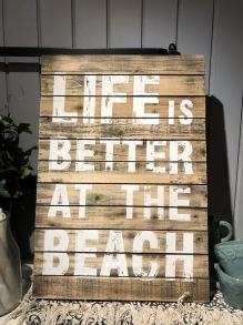 Life is better at the beach, tavla i trä 40x60 cm