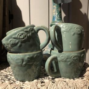 Temugg med öra Jadegrön