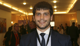 Daniel Vamos-Fecher, analytiker, Day One.