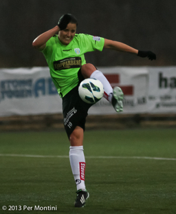 Jessica Landström hade lägen att ge KGFC segern i matchen.
