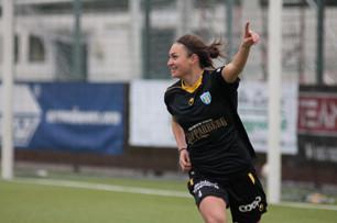Jodie Taylor jublar efter 1-0. Foto: Per Montini