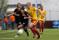 Jodie Taylor pressar sig förbi sin motståndare