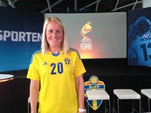 Marie Hammarström, en av fyra KGFC-spelare, under Pia Sundhages EM-truppspresentation.