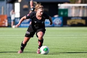 Sara Lindén målskytt när KGFC spelade 1-1 mot serieledarna.