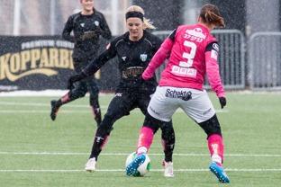 Adelina Engman gjorde 4 mål i matchen mot Jitex.