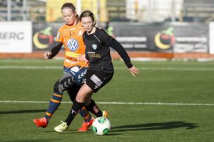 Rebecka Blomqvist gjorde 4 mål i träningsmatchen mot Kungsbacka DFF.