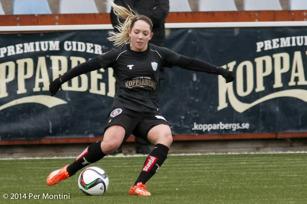 Elin Rubensson är en av många KGFC-spelare som just nu är upptagen med landslagsspel.