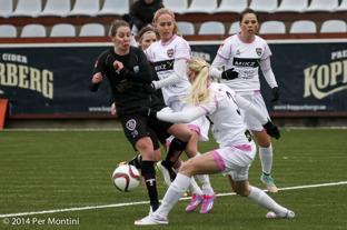Manon Melis och de andra sex landslagstjejerna i KGFC är hemma i Göteborg igen. På söndag väntar match mot allsvenska nykomlingen Mallbacken.