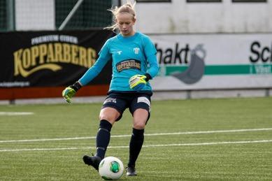 Fanny Lund gjorde en jättematch på Västerstrands IP. FOTO: PER MONTINI