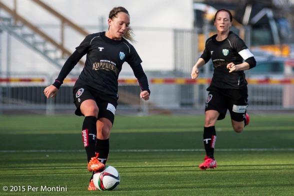 Elin Rubensson och Marlene Sjöberg, KGFC:s målskyttar i bortamatchen mot FC Rosengård. Foto. PER MONTINI