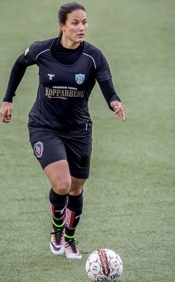 Beata Kollmats har kämpat sig tillbaka efter en svår knäskada. Nu är hon äntligen redo för första allsvenska hemmamatchen på 18 månader. Foto: JESPER PRYTZ