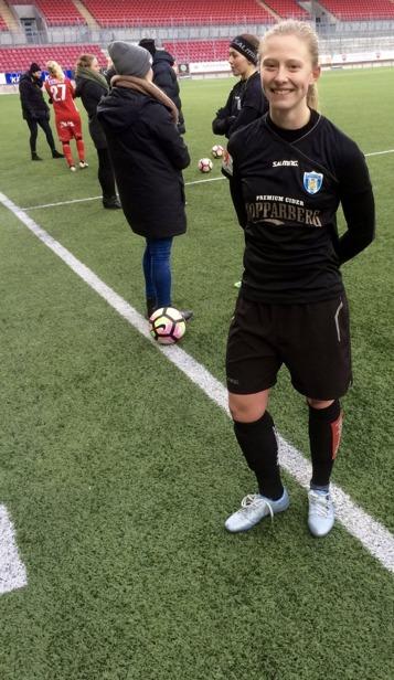 Rebecka Blomqvist glänste i bortamatchen mot Örebro. Tre mål från tjejen som nu permanent flyttats upp i anfallet. Foto: LASSE SVENSSON