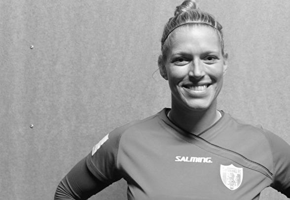 Första kontakten med nya laget för Line Geltzer Johansen blev i matchen mot Hovås/Billdal. Foto: TORE LUND