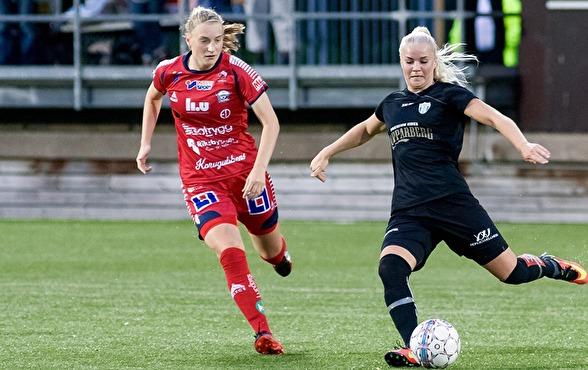 Amanda Johnsson Haahr har den allsvenska debuten avklarad. Nu hoppas hon på spel också i lördagens match mot Limhamn/Bunkeflo. Foto: PER MONTINI