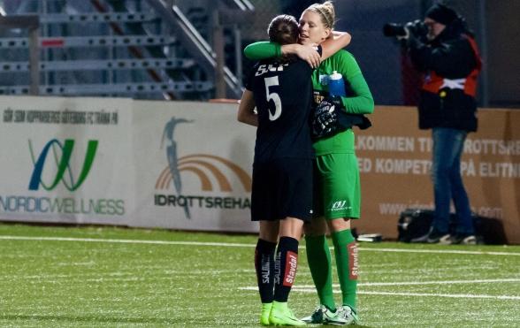 Elin Landström och Line Johansen. Foto. PER MONTINI
