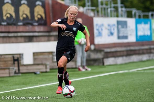 En av eN hel drös landslagsspelare från Kopparbergs/Göteborg FC – Adeiina Engman. Foto: PER MONTINI
