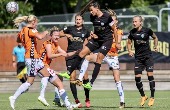 Kopparbergs/Göteborg FC har börjat forma truppen för framtiden – Beata Kollmats och Filippa Curmark är två av de spelare som nu är klara för de kommande åren. Foto: PER MONTINI