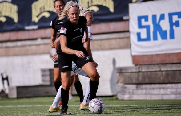 Nyförvärvet Karin Lundin slog till direkt i sin första match i högsta serien. Foto: PER MONTINI