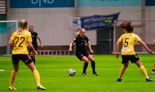 Det blev förlust i söndagens match mot norska mästarna LSK Kvinner. Lägret I Norge har dock gett många positiva svar till Elin Rubensson och de andra spelarna. Foto: STØTT NORSK KVINNEFOTBALL