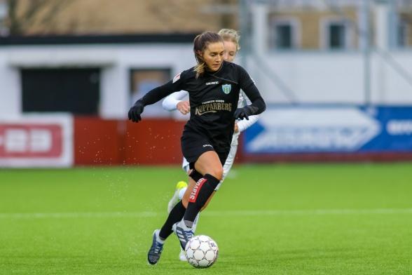 Vilde Böe Risa debuterade på hemmaplan för KGFC. Den norska landslagsspelaren passade till segermålet. Foto: PER MONTINI