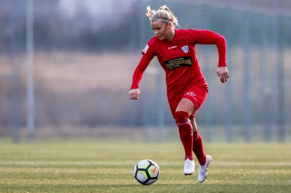 Amanda Johnsson Haahr, 4-målsskytt två matcher i rad. Glödhet är ordet! Foto: PER MONTINI