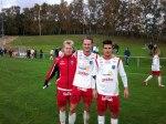 Fyramålsskytten Calle Genberg flankerad av målskyttarna Sebastian Crona och Kushtrim Maholli