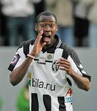 Kevin Amuneke, här i Landskronatröjan. Bild lånad från worldfootball.net
