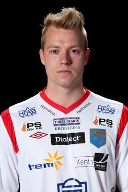 Sebastian Crona testades som center i herrarnas match mot Ängelholm, kommer han att få chansen igen mot Torup/Rydö?
