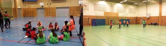 IS Halmia senaste projekt Fotboll utan gränser har redan lockat många ungdomar att testa fotboll. Foto Christoffer Andréasson