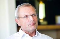 Björn Andersson kliver in i Halmia igen.