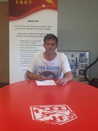 Emil Tillander har arbetat sig hela vägen upp från juniorsidan till A-laget. Nu får han ett välförtjänt erkännande och nya stimulerande arbetsuppgifter.