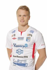 Matchens spelare: Isak Petersson var en av få spelare som stack ut rejält i en match med två bra lag. Foto: Sportfoto Syd
